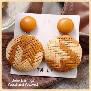 Boho Dangle Earrings Wood Straw Woven NWT